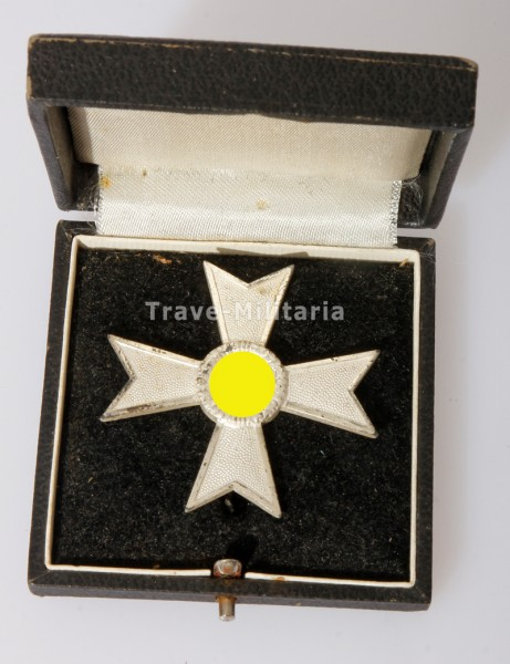 Kriegsverdienstkreuz 1. Klasse ohne Schwerter im Etui Top Zustand
