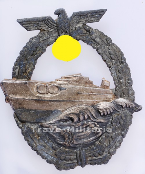 2. Form Schnellbootkriegsabzeichen cut out