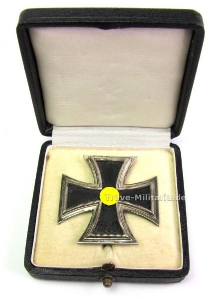 Eisernes Kreuz 1. Klasse 1939 im Etui, Hersteller L/11 Deumer