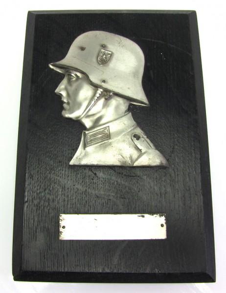 Ehrenpreis der Wehrmacht auf Holztafel