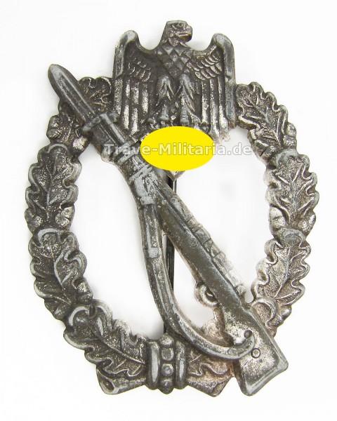 Infanteriesturmabzeichen in Silber Hersteller Aurich