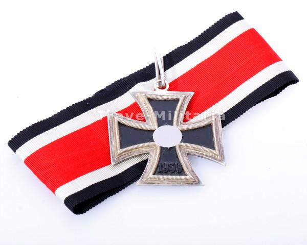 Ritterkreuz des Eisernen Kreuzes mit Band