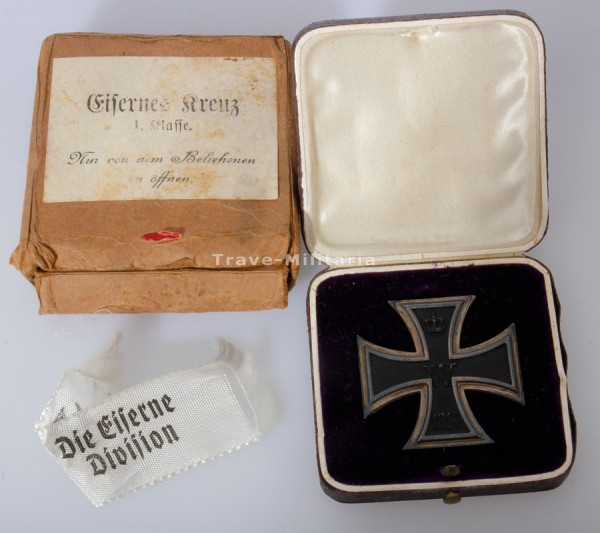 Eisernes Kreuz 1. Klasse 1914 im Etui mit Überkarton