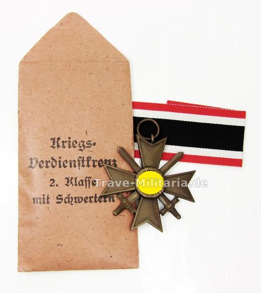Kriegsverdienstkreuz 2. Klasse mit Schwertern mit Band, Packpapier und Tüte
