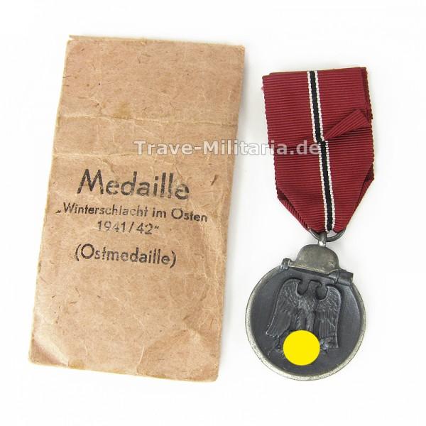 Medaille Winterschlacht im Osten in Verleihtüte Hersteller Otto Zappe