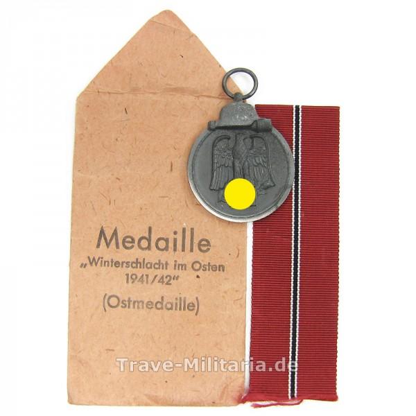 Medaille Winterschlacht im Osten mit Band und Tüte