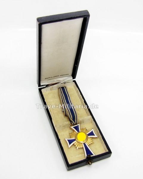 Ehrenkreuz der Deutschen Mutter in Gold im Verleihetui