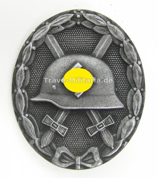 Verwundetenabzeichen in Silber Hersteller L/13
