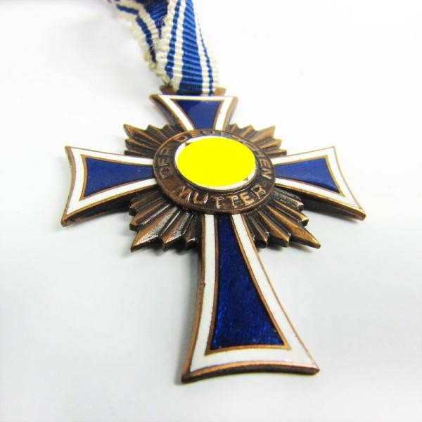 Ehrenkreuz der deutschen Mutter Bronze