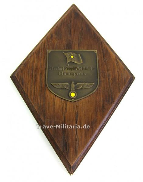 Ehrenpreis Standort-Segel-Wettfahrten auf Holzplatte