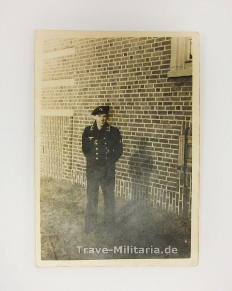Foto Marinesoldat mit Minensucherabzeichen