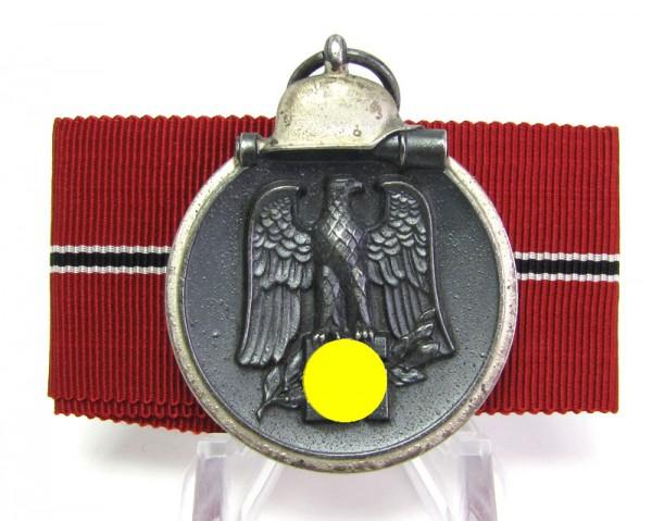 Medaille Winterschlacht im Osten mit Hersteller 110