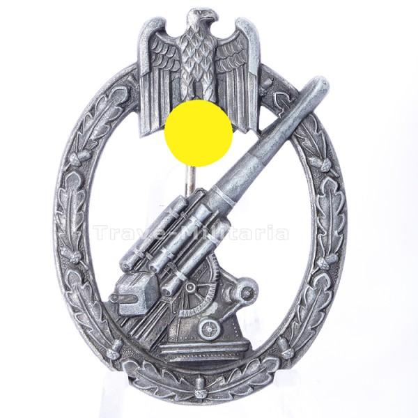 Heeres-Flakabzeichen MIT Hersteller Juncker