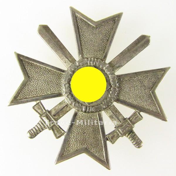 Kriegsverdienstkreuz 1. Klasse mit Schwertern Hersteller 65