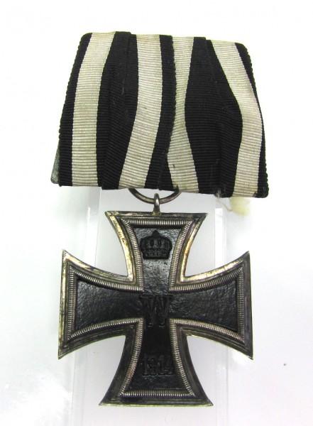 Eisernes Kreuz 2. Klasse 1914 an Ordenspange mit Hersteller M