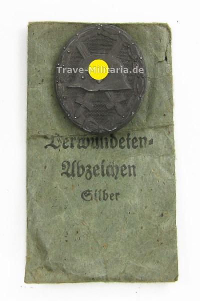 Verwundetenabzeichen in Silber in Verleihtüte
