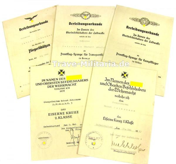 5er Urkundengruppe eines Fliegerschützen auf Pappe geklebt