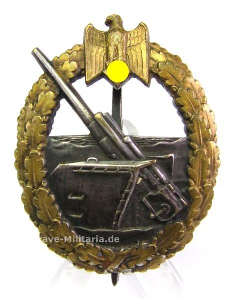 Kriegsabzeichen der Marineartillerie Buntmetall Schwerin-Berlin