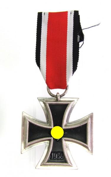sehr schönes Eisernes Kreuz 2. Klasse 1939 am Band Hersteller 24 Hanauer