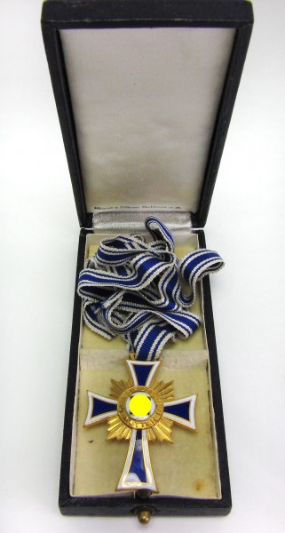 Ehrenkreuz der deutschen Mutter in Gold und im Etui - Klamt und Söhne