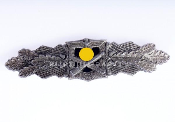 Nahkampfspange 2.Stufe (in Silber), Zinkausführung