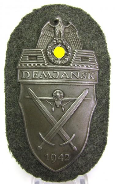 Demjansk Schild 1942 - missing log - auf Stoff - Top Zustand