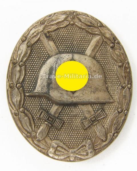 Verwundetenabzeichen in Silber Hersteller 65