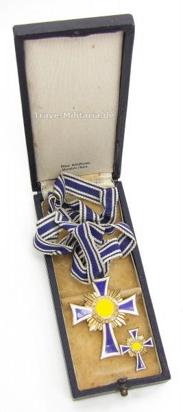 Ehrenkreuz der Deutschen Mutter in Gold im Etui mit Miniatur