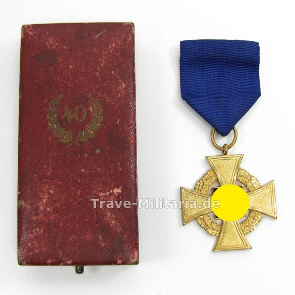 Treuedienstehrenzeichen für 40 Jahre im Etui
