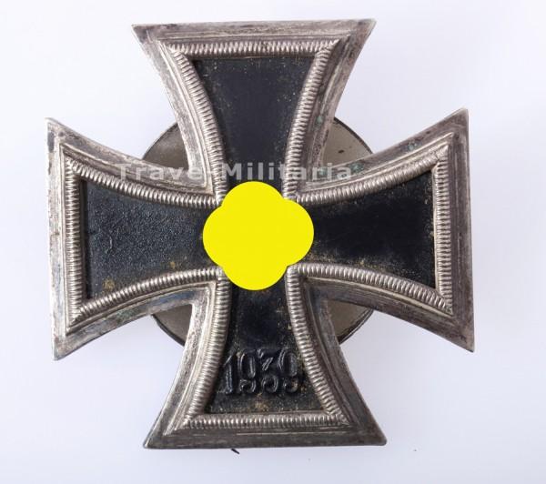 Eisernes Kreuz 1. Klasse 1939 L/18 an Schraubscheibe