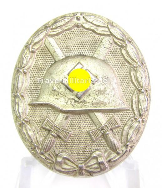 Verwundetenabzeichen in Silber Hersteller 92